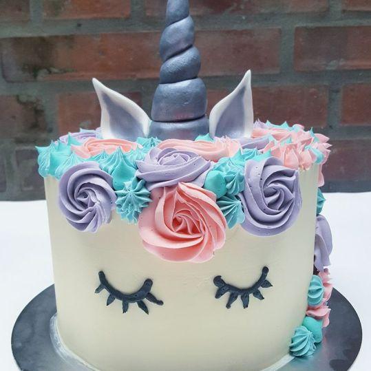 Buttercream Layer cake unicornio