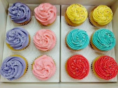 cupcakes buttercream de colores