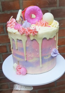 Buttercream acuarela drip cake (1)