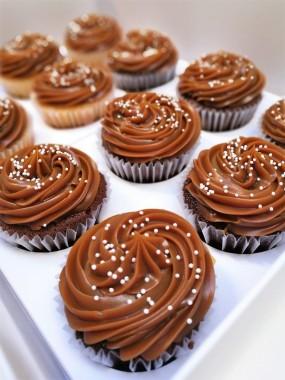 Cupcakes básicos DL y merengue (6)