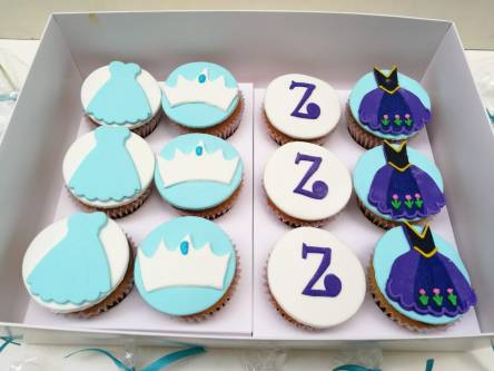 Cupcakes cookies y cakepops frozen (1)