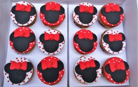 Minnie Cupcakes y Cookies (3)