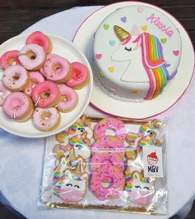 Unicornio torta, donas y cookies (6)