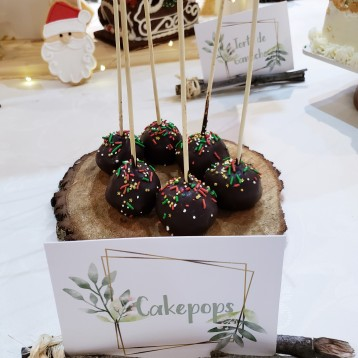 Cakepops Navideños